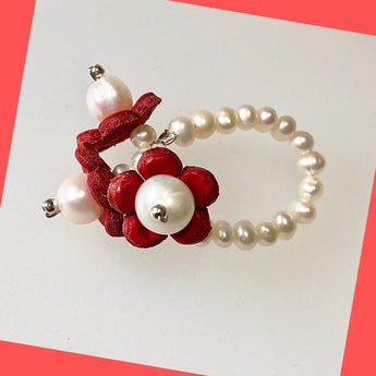 Red Daisy Pearl Ring