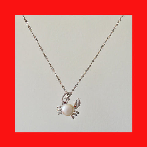 Necklaces; Crab with Freshwater Pearl