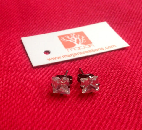 Square shaped zirconia earrings stud