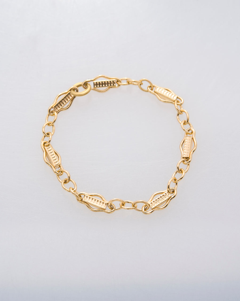 Faith Chain Ring in 14k Gold