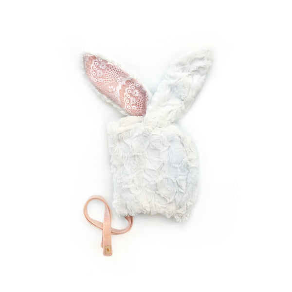 Pink & Lace Bunny '19
