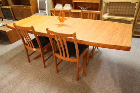"Vintage Teak Dining Table w/ One Leaf (91.75"" x 36.75"") or (71.5"" x 36.75"")"