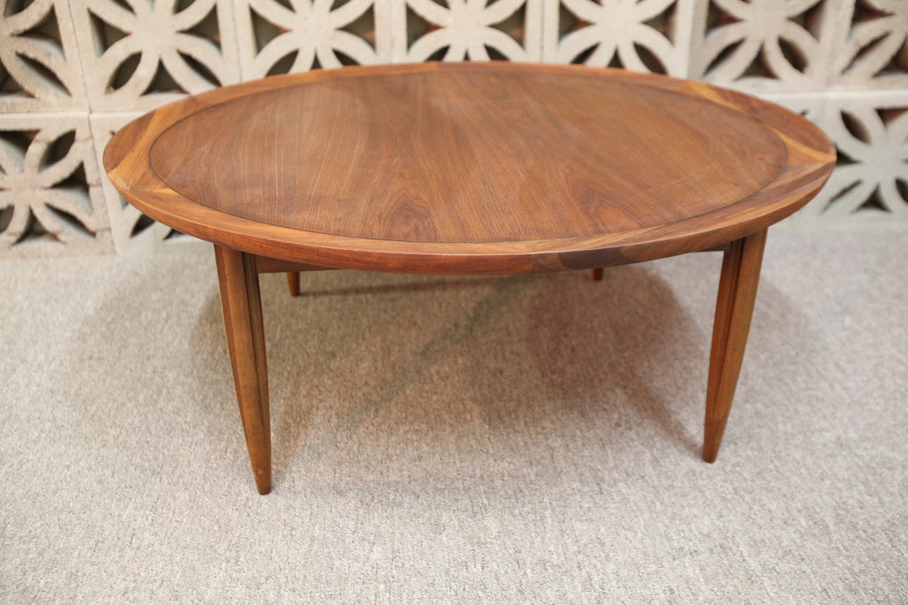 "Vintage Deilcraft Round Walnut Coffee Table (38"" Dia x 15.5""H)"