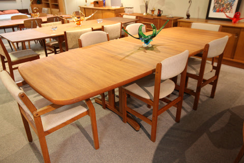 Beautiful Vintage Long Teak Dining Table (107.75 x 41.75) (69.25 x 41.75)