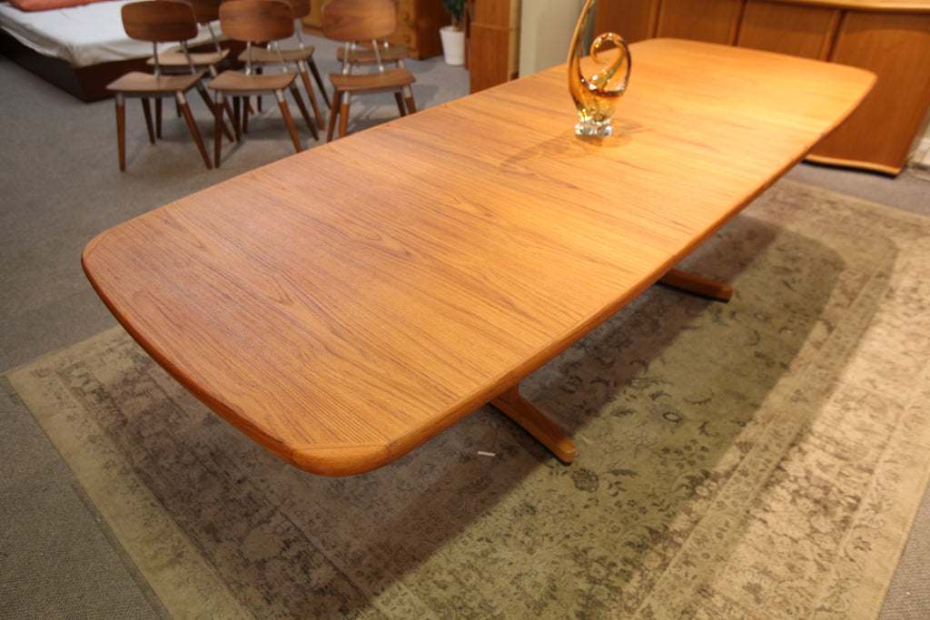 "Beautiful Vintage Teak Dining Table w/ 2 Leafs (108"" x 42"") or (69.5"" x 42"") 28.75""H"