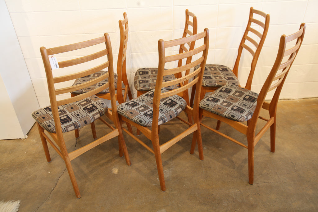 Vintage Set of 6 Teak Ladder Back Chairs