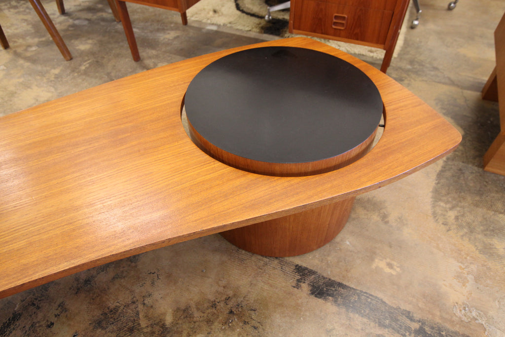 "Vintage RS Associates Montreal Teak Martini Coffee Table (67""L x 26.5""W x 16""H)"