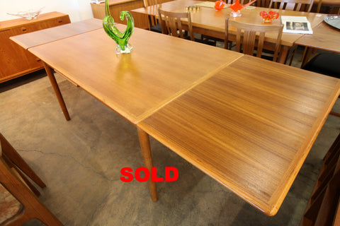 "Vintage Danish Teak Extension Dining  Table (97"" x 35"") (55"" x 35"") 29""H"