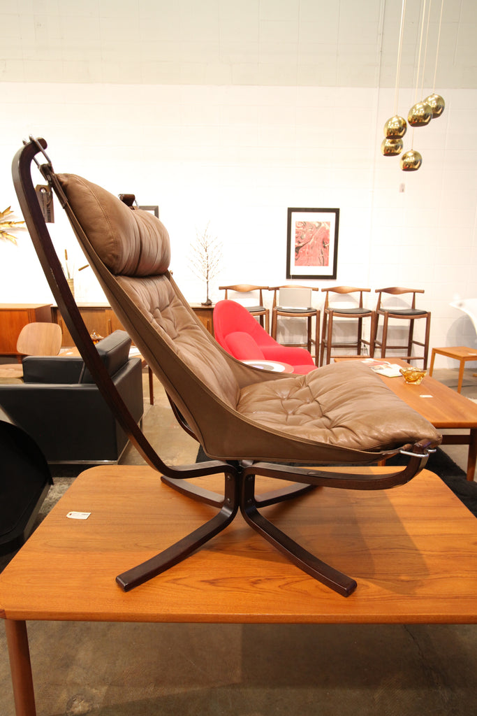 "Beautiful Vintage Sigurd Ressell Brown Leather Falcon Chair (29""W x 39""H x 32""D)"