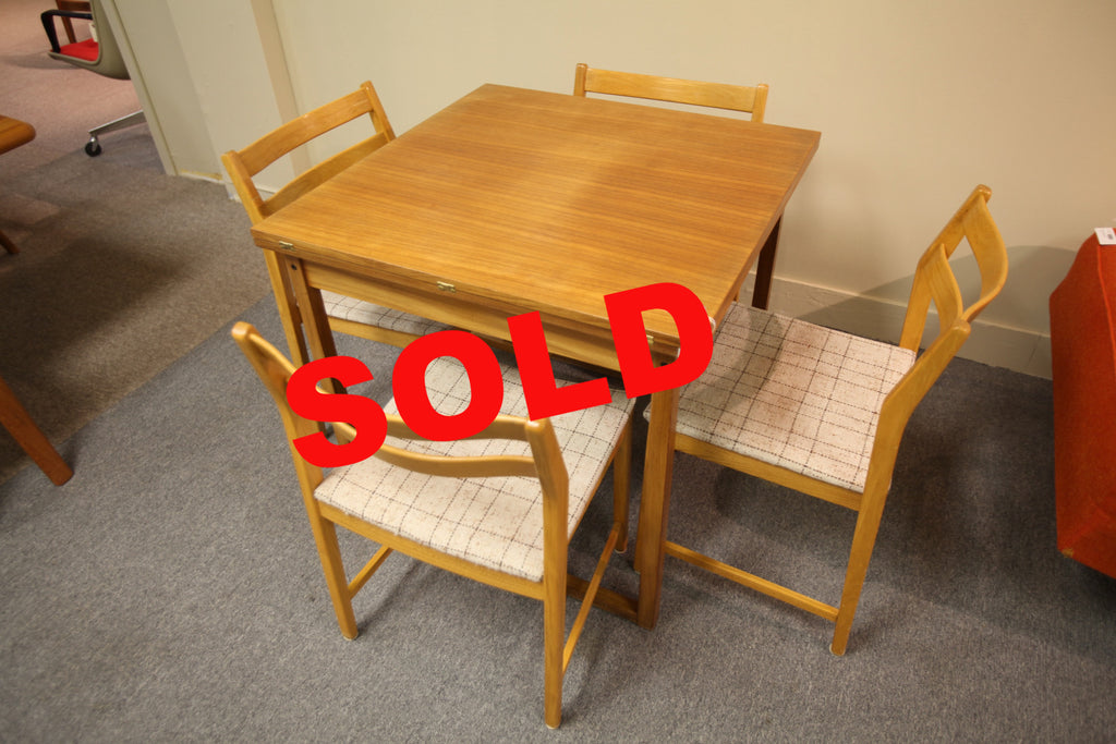 Folding Teak Table w/4 Chairs