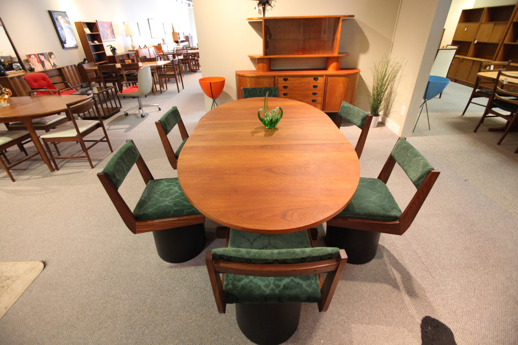 RS Associates Teak Table and 6 Swivel Chairs Set (1971 one owner)