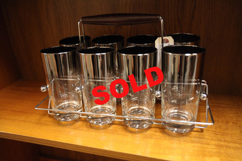 Set of 8 Glasses and Carrier