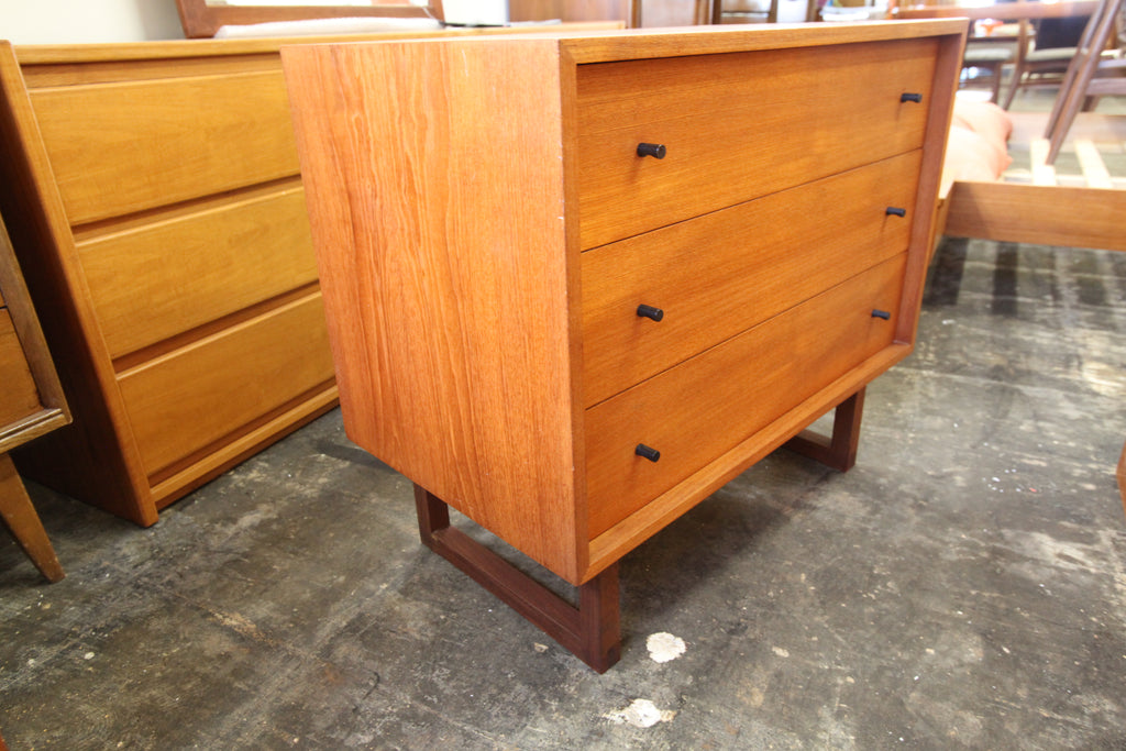 "Vintage Teak 3 Drawer Dresser by RS Associates Montreal (31.5""W x 18""D x 27.75""H)"