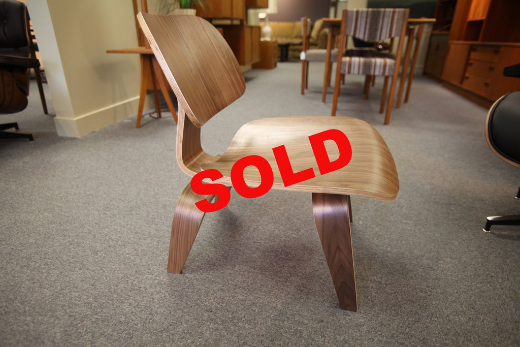 Eames Replica Plywood Chair