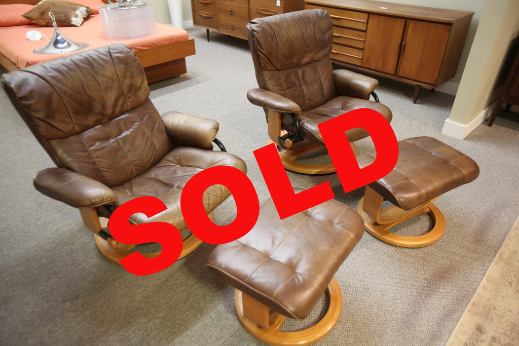 Attrayant Palliser Leather Recliner Chair And Ottoman (One Available)