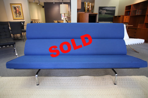 Eames Compact Sofa (Blueberry Cat-2)