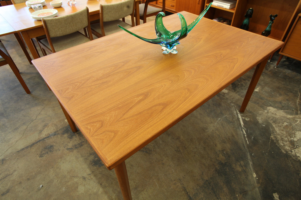 "Vintage Danish Teak Dining Table w/ Pullout Extensions (59""x39.25"")(98""x39.25"") 29""H"