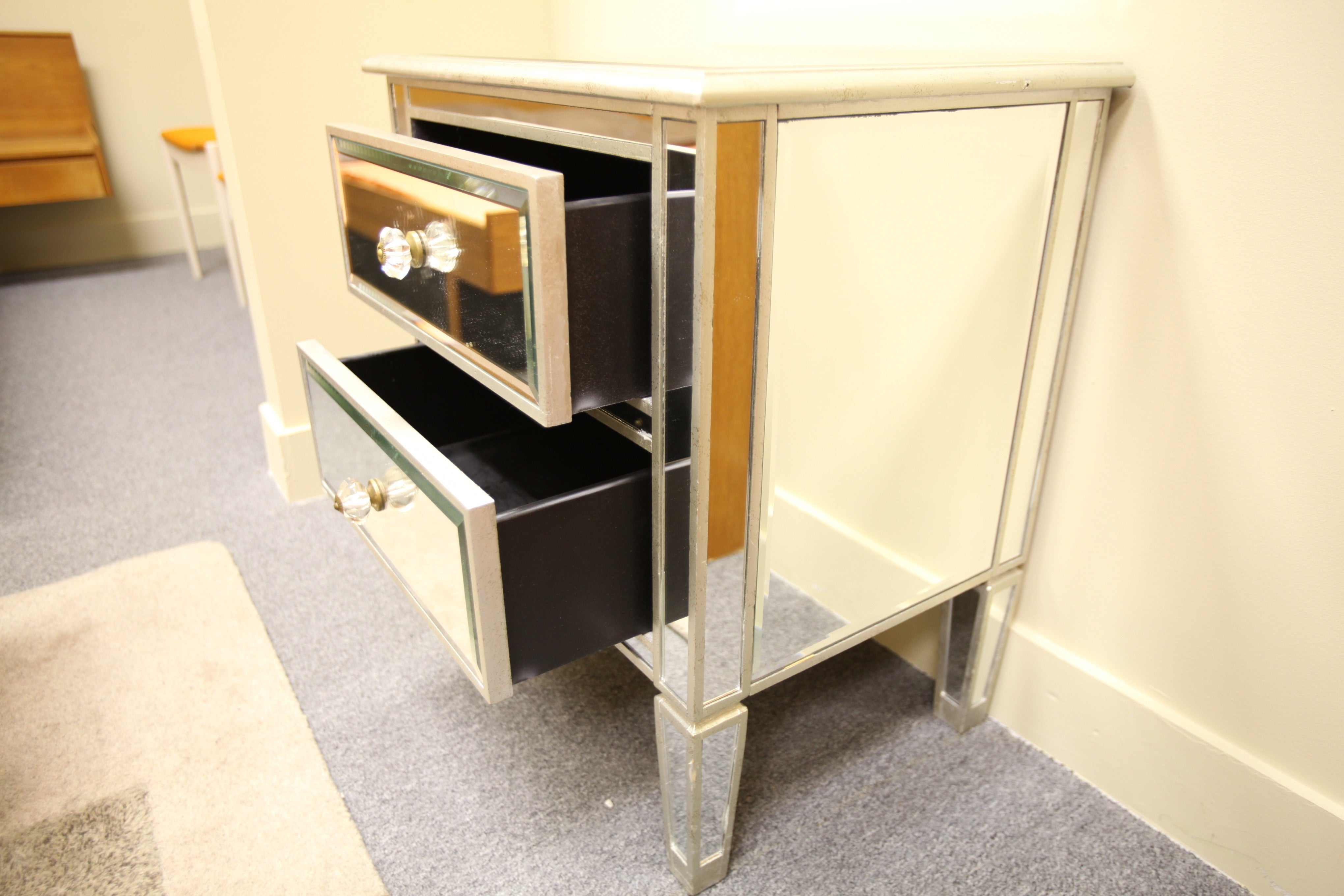 "Glass Mirrored Cabinet (24""Wx28""Hx18""D)"