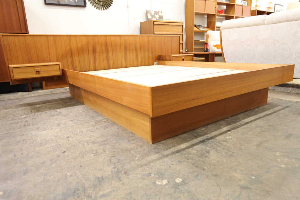 "Vintage Teak Queen Size Bed with Floating Night Stands (104""W x 82.75""D x 31.25""H)"