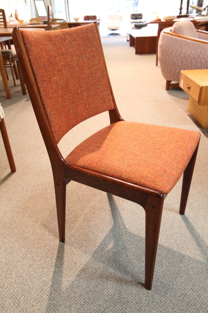 Set of 6 Teak Chairs (new upholstery)