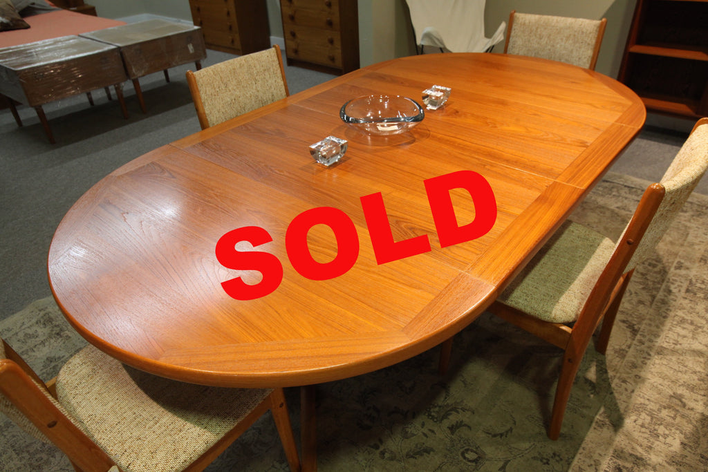 "Round Teak Table with 2 Extensions (86"" x 47"") or (47"" Round)"