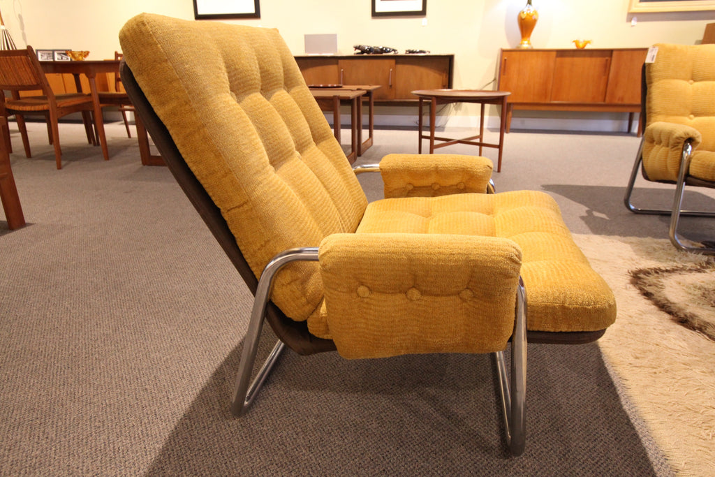 Chrome Framed Mid Century Modern Lounge Chair