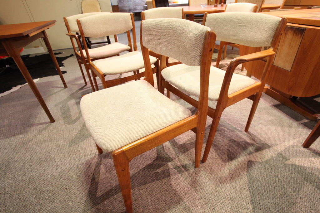 Set of 6 Teak Chairs (4 chairs, 2 arm chairs)