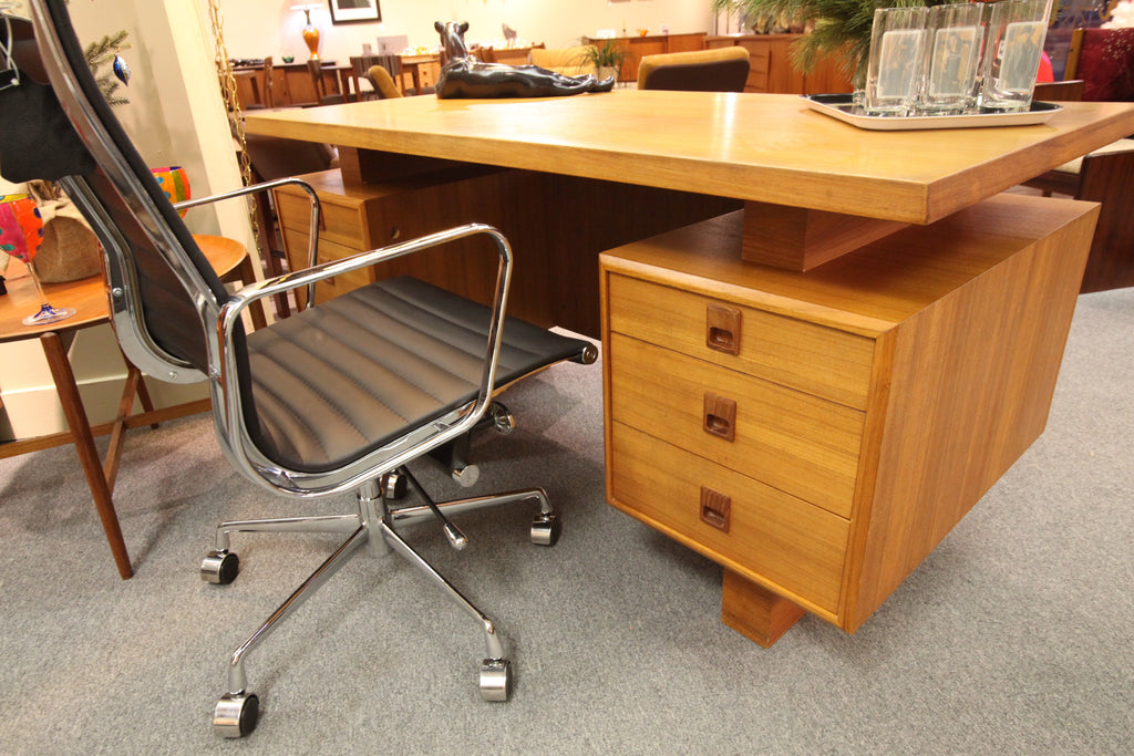 Teak Floating Desk