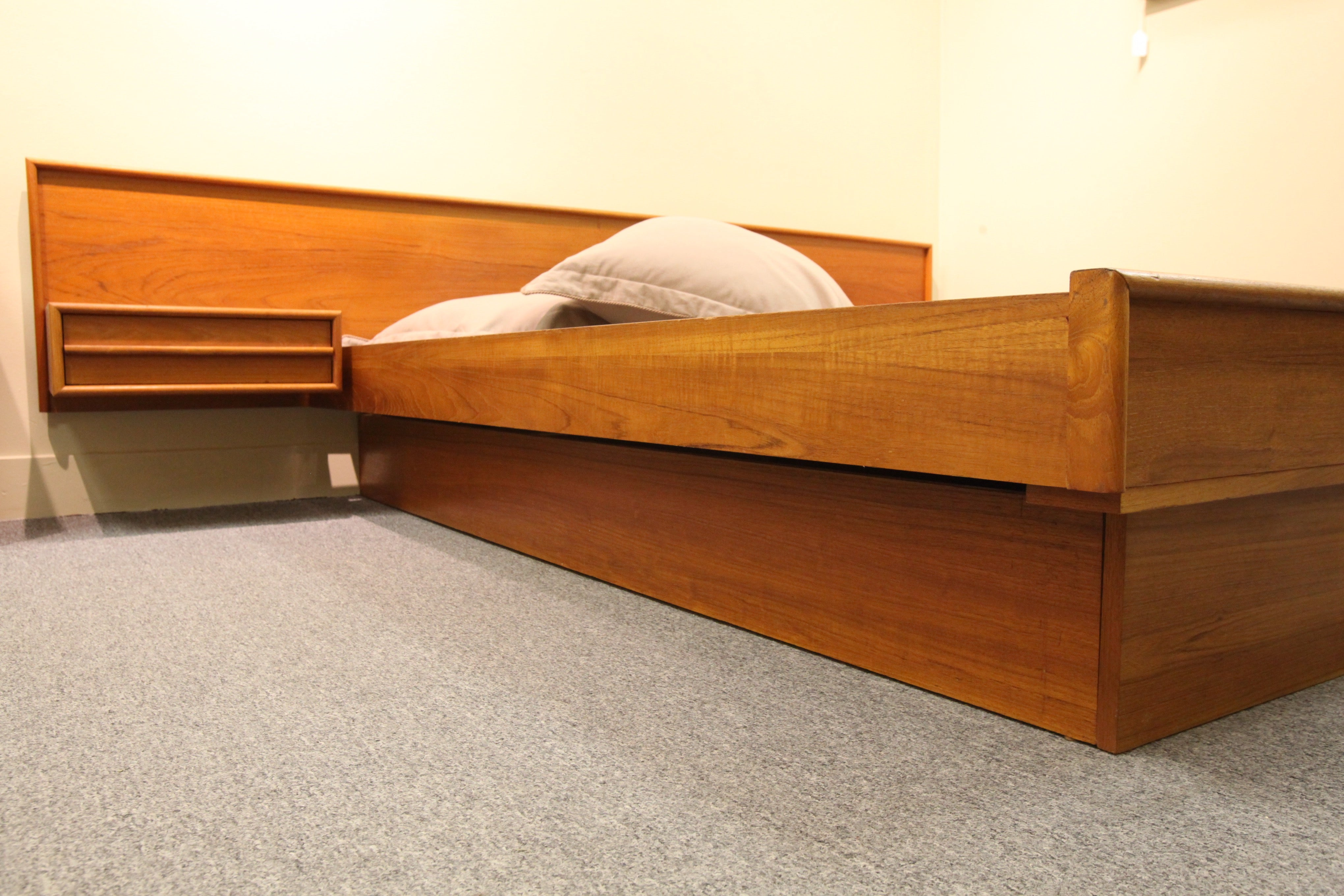 "Teak Floating Queen Bed w/nightstands  (Headboard 104.5"" Wide)"