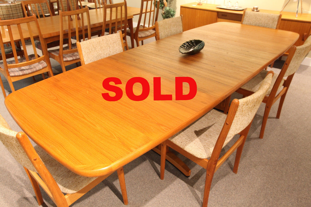"Fabulous Teak Dining Table w/2 Extensions (108"" x 42"") or (69"" x 42"")"