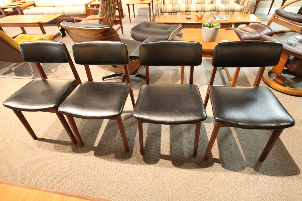 Set of 4 (RS Montreal) Teak Mid Century Dining Chairs