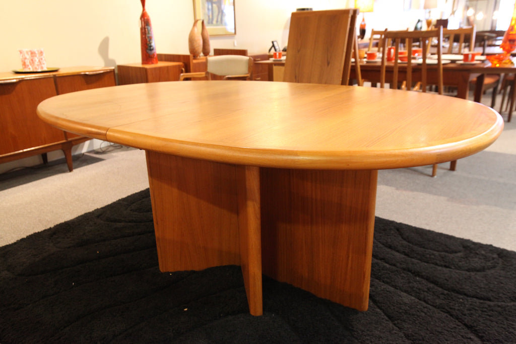"Ansager Mobler Danish Teak Dining Table w/2 Leafs (110"" x 45"") or (70"" x 45')"