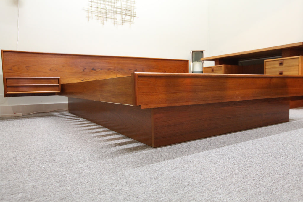 "Mid Century Modern Floating Teak Queen Bed (Headboard 105""W)"