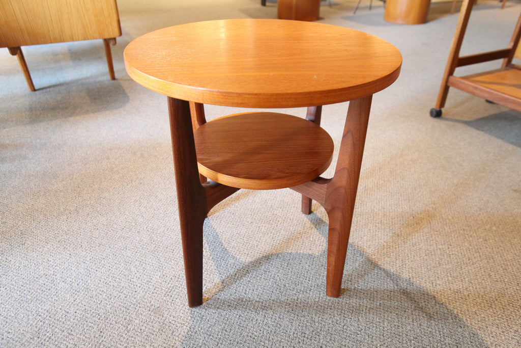 "RS Associates Montreal Round Teak Side Table (20.25""W x 21""H)"