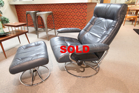 Vintage Blue Leather Stressless Recliner and Ottoman (Circa 1970's)