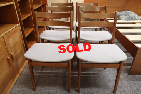 Set of 6 Vintage Teak Chairs