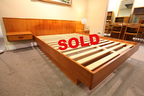 "Vintage MCM Floating Teak Queen Bed (104.25""W x 83""L)"