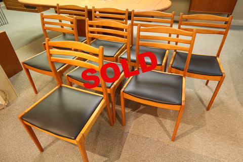 Set of 8 Vintage Mid Dining Century Chairs