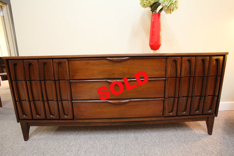 "Vic Art Vintage MCM Walnut 9 Drawer Dresser or Sideboard (72""L x 18""D x 31""H)"