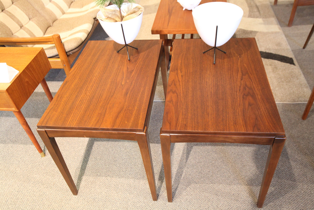 "Set of 2 Vintage Walnut Side Tables (28""x18""x22""H)"