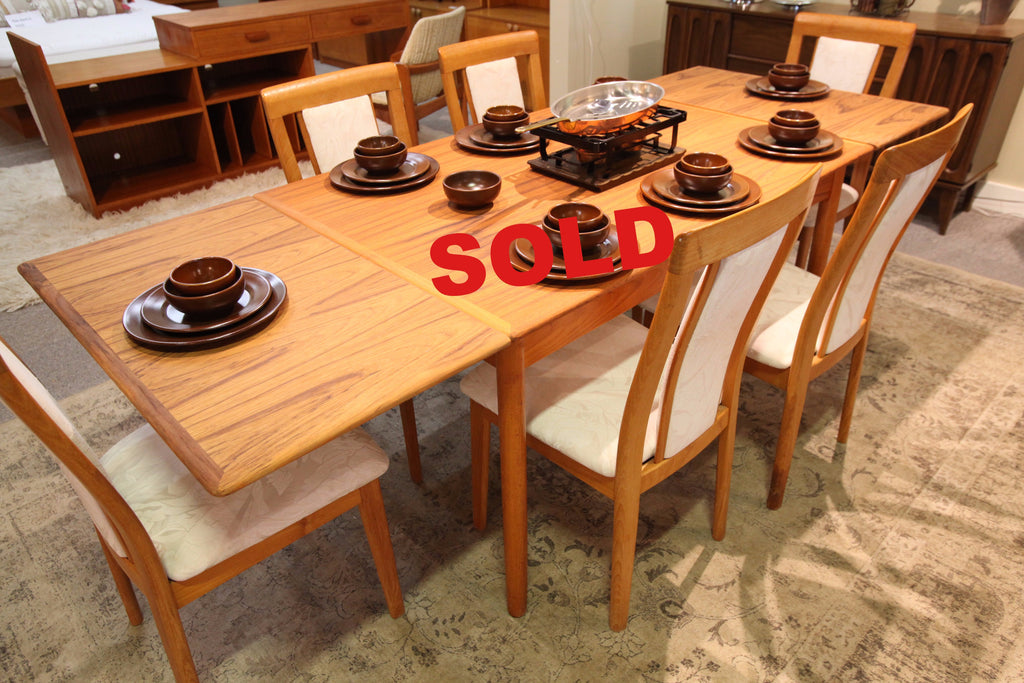 "Teak Extension Table (33.75"" x 49.5"") or (33.75"" x 86.5"")"