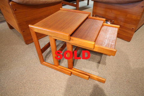 "Vintage Teak Nesting Tables (set of 3) (21.5"" x 15.5"" x 19.5""H)"