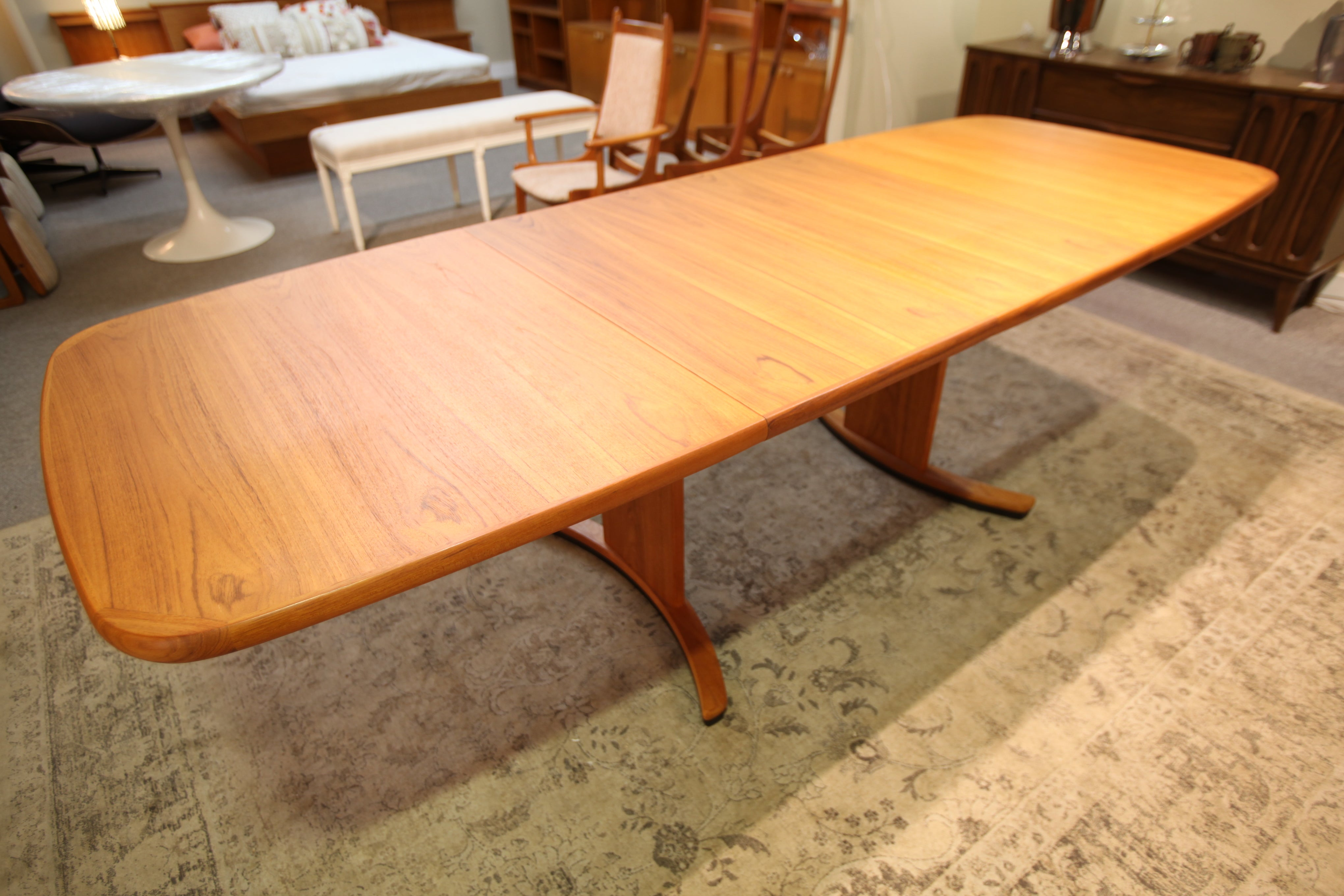 "Fabulous Long Teak Table w/ 2 Leafs and Mechanical Drive (101"" x 38"") or (61.5"" x 38"")"