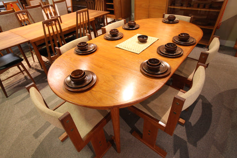 "MSE Mobler Danish Teak Round Dining Table w/ 2 Leafs (82.5"" x 43"") or (43"" Round)"