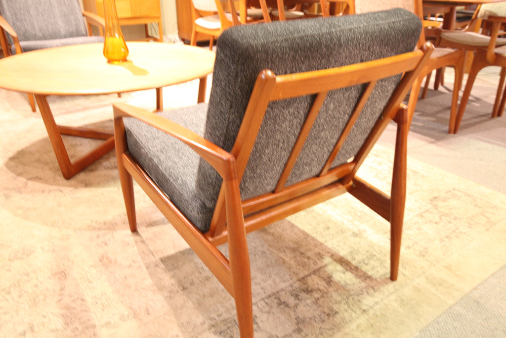 "Beautiful Kai Kristiansen ""Paper Knife"" Teak Lounge Chair for Magnus Olesen"