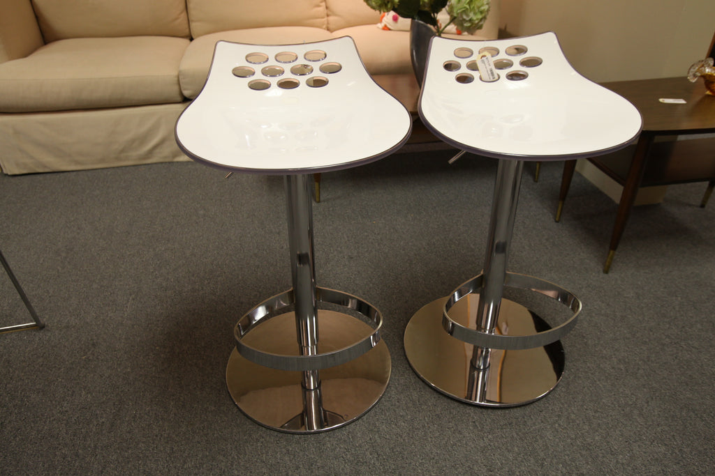 "Calligaris Jam Adjustable Bar Stool (Seat adjusts from 24""-31.5"")"