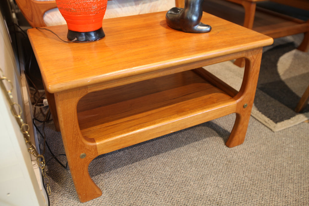 "Vintage Teak Side Table (19.75"" x 28.75"" x 18.25""H)"