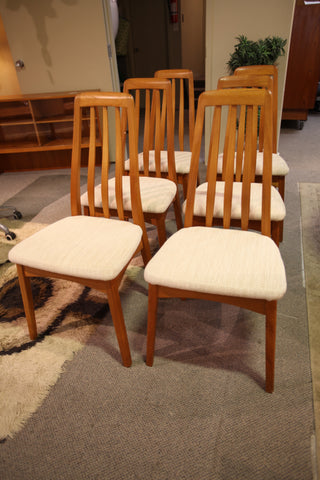 Set of 6 Vintage Benny Linden Teak Chairs