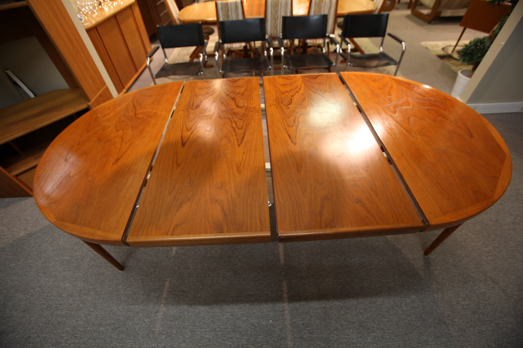 Exceptional Vintage Ib Kofod-Larsen for Faarup Danish Teak Dining Table w/ 2 Leafs