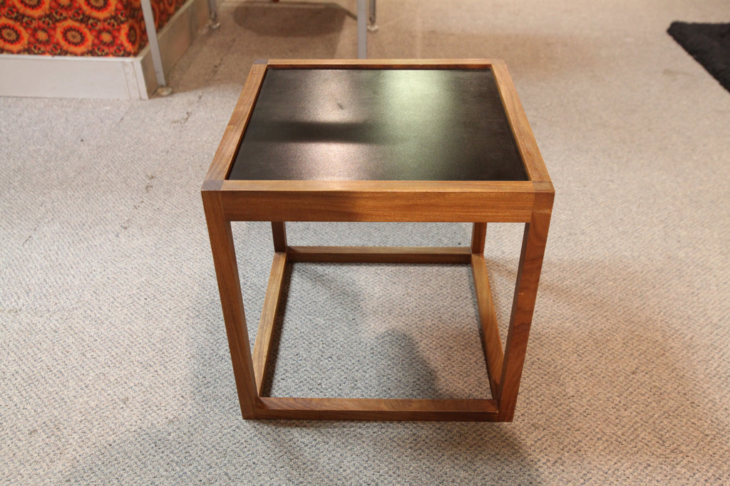 "Vintage Small Teak Side Table w/ Reversible Top (16"" x 16"" x 16""H)"